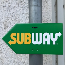 "Arrow Sign ""SUBWAY"" (left) FRESH FORWARD"